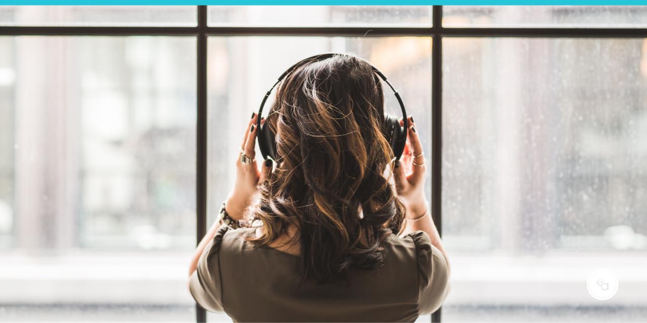 5 Reasons I Like Audiobooks and Podcasts